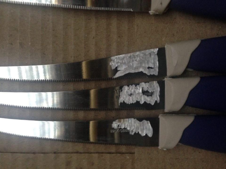 На кухонні ножі було нанесено відому марку Tramontina / фото УНІАН