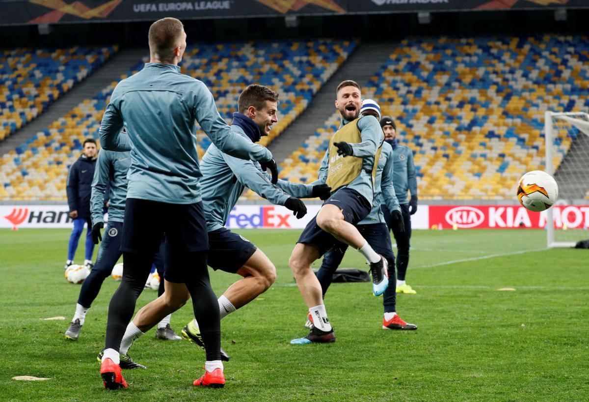 """""""Челсі"""" на """"Олімпійському"""": в УЄФА заявили, що поле не несе небезпеки / REUTERS"""