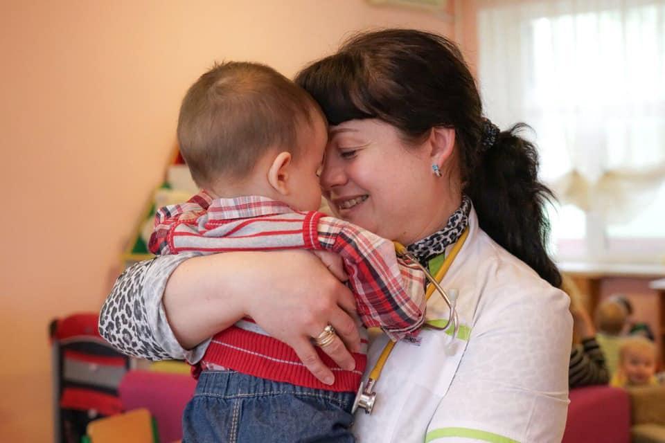 Малыша, которого украинка покинула в Москве, вернули домой / фото facebook.com/StepanovMV