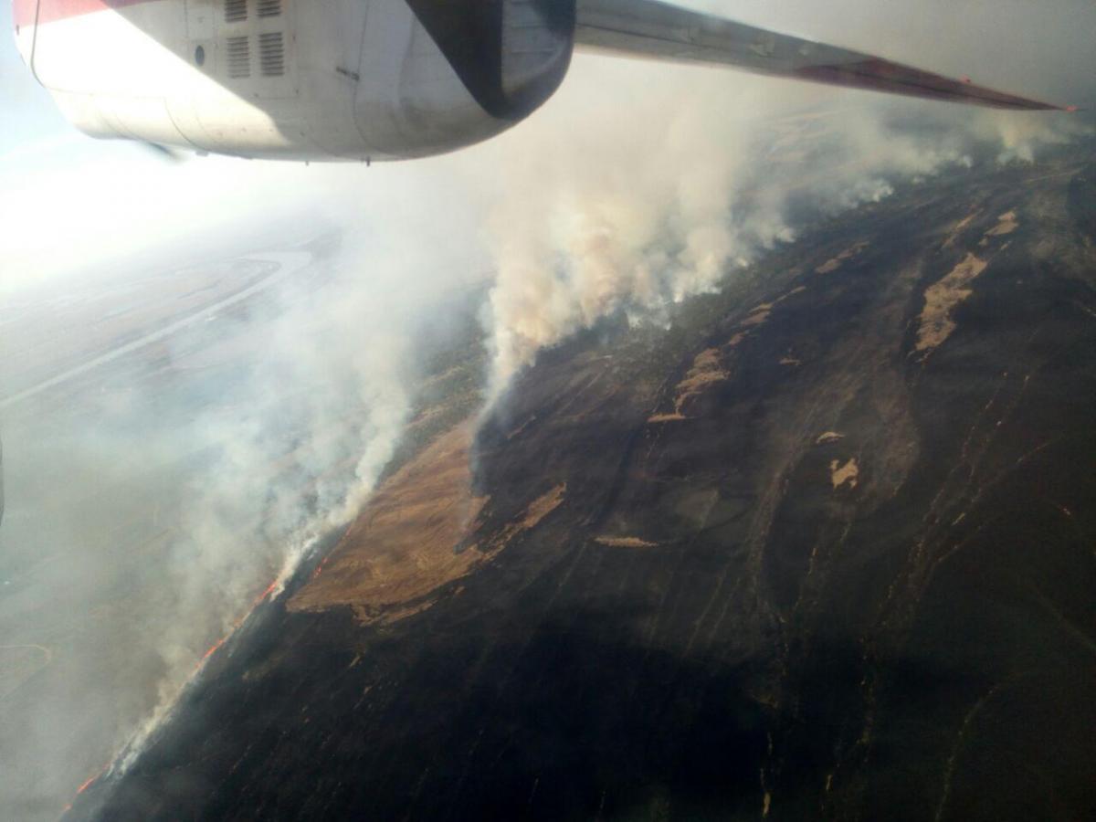Для проведения тушения пожара с воздуха задействовано самолет ГСЧС \ od.dsns.gov.ua