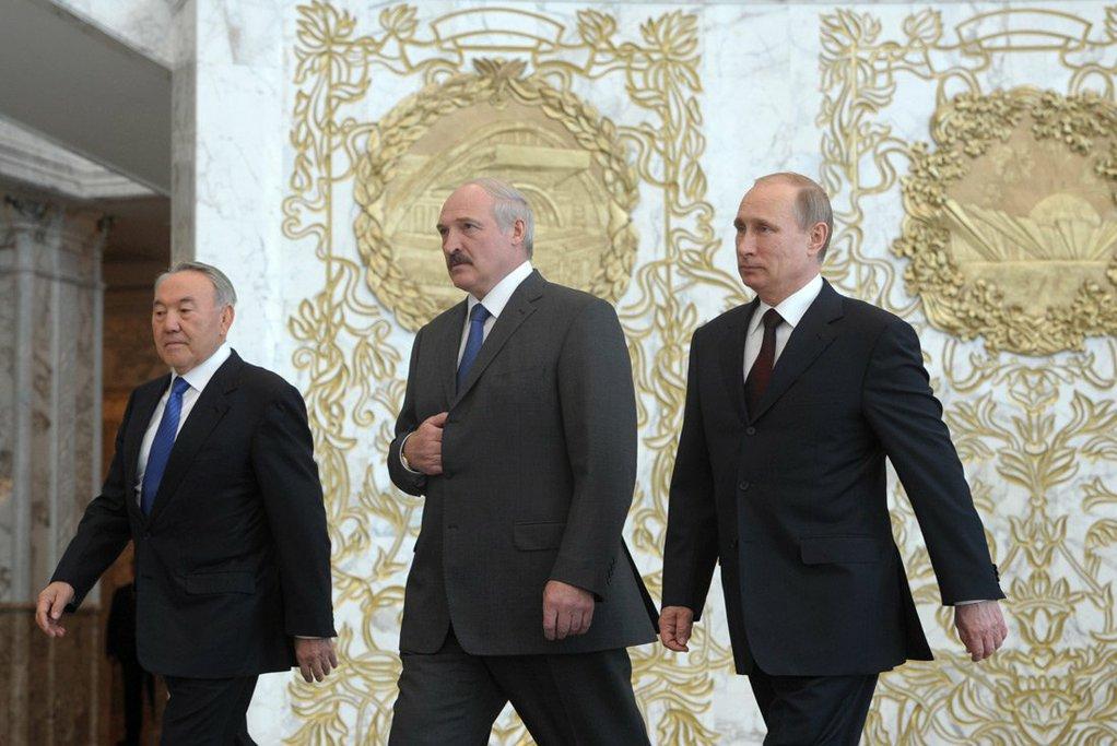 В Кремле следят за событиями в Казахстане как за потенциальным сценарием для России / kremlin.ru