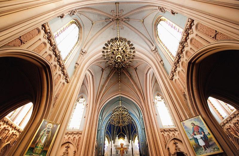 Костел Святого Николая в Киеве, вид внутри / Фото livejournal.com