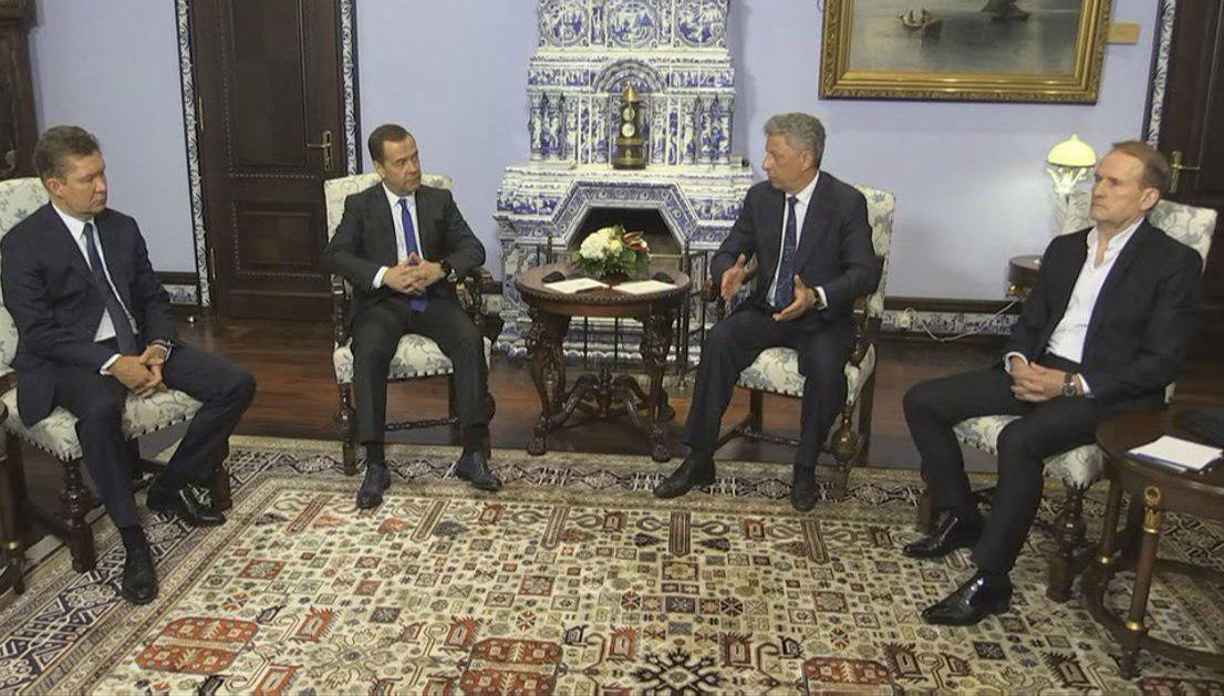 Премьер РФ Медведев и кандидат в президенты Украины Бойко обсудили взаимодействие в газовой сфере / фото 112.ua