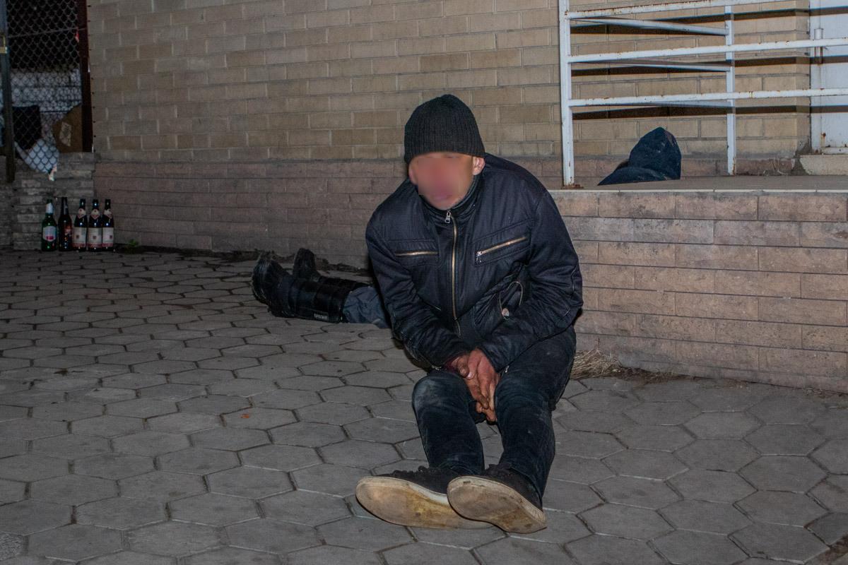 В Днепре два человека отравились настойкой боярышника, один умер / Информатор