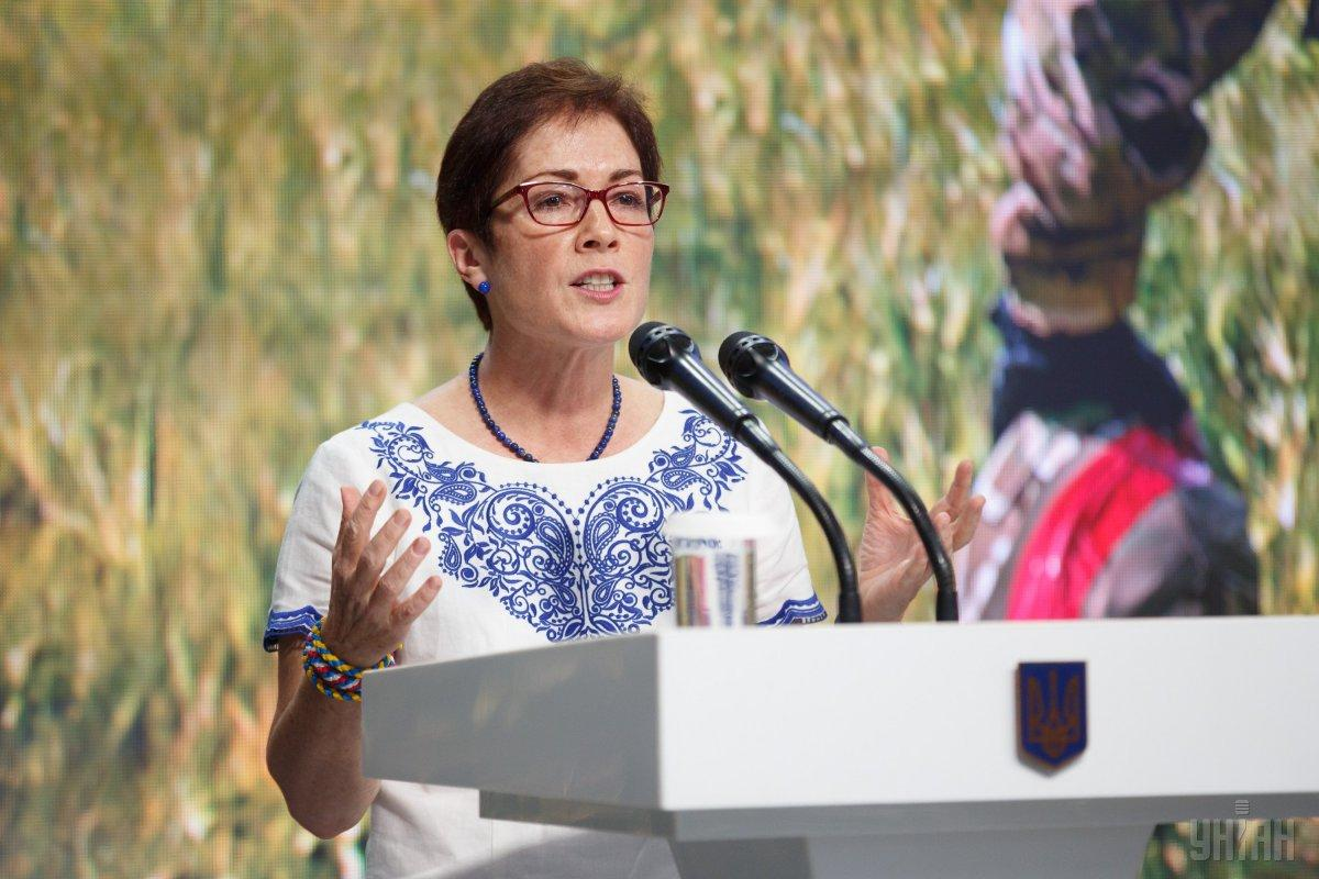 Экс-посол США в Украине Мари Йованович / фото УНИАН