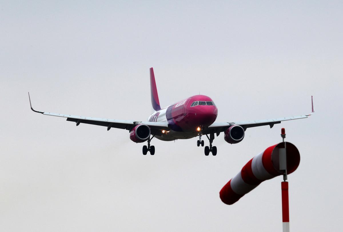 Ще близько години Wizz Air кружляв над Катовіце / Ілюстрація REUTERS