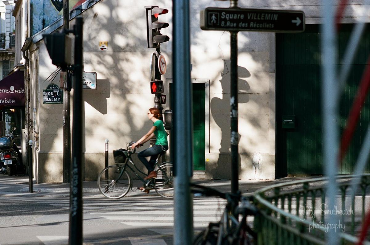 У Парижі популярні велосипеди / фото Yury Shulhevich