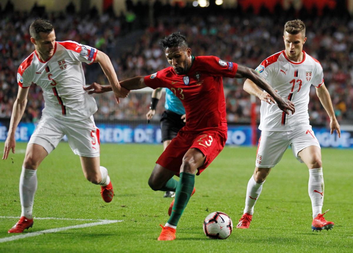 Португалия - Сербия - 1:1 / REUTERS