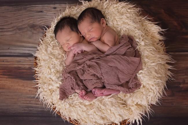 Рождение близнецов от двух мужчин – феномен / фото УНИАН