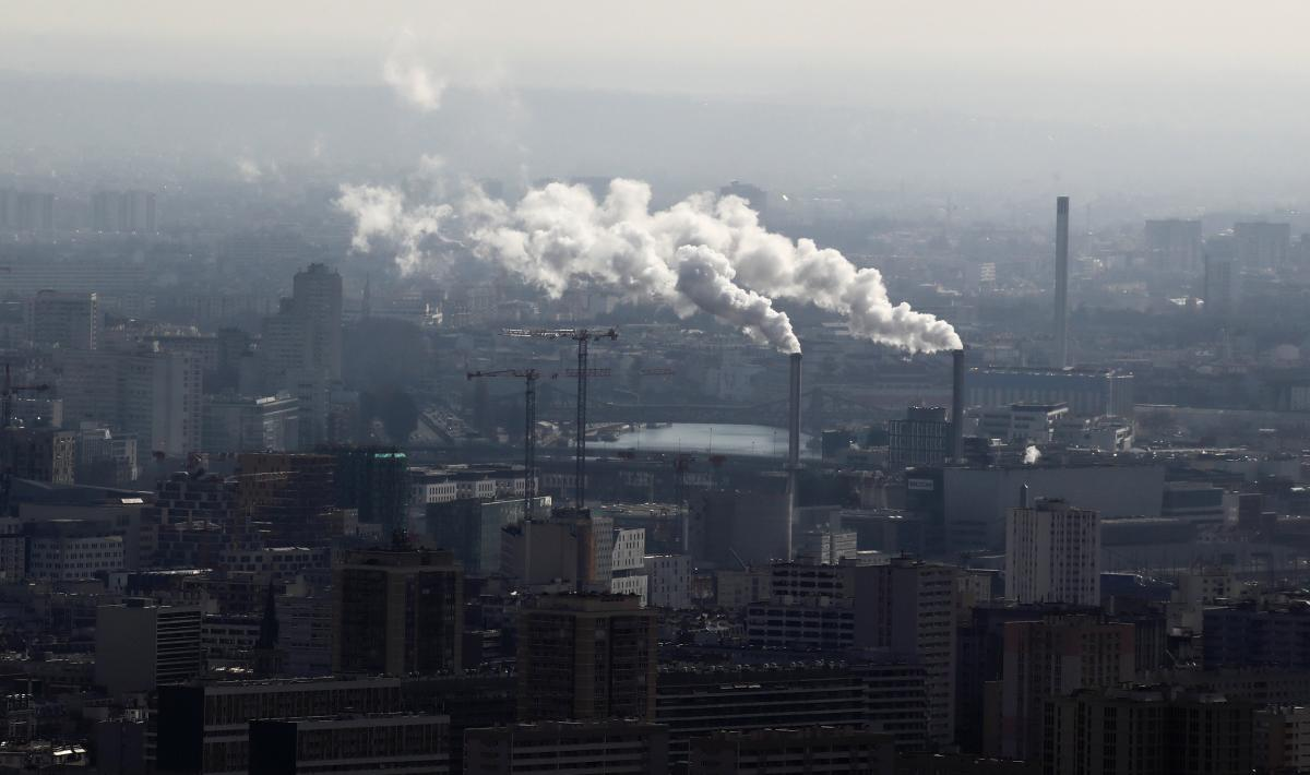 Уровень вредных выбросов начинает расти после кронавирусного кризиса \фото REUTERS