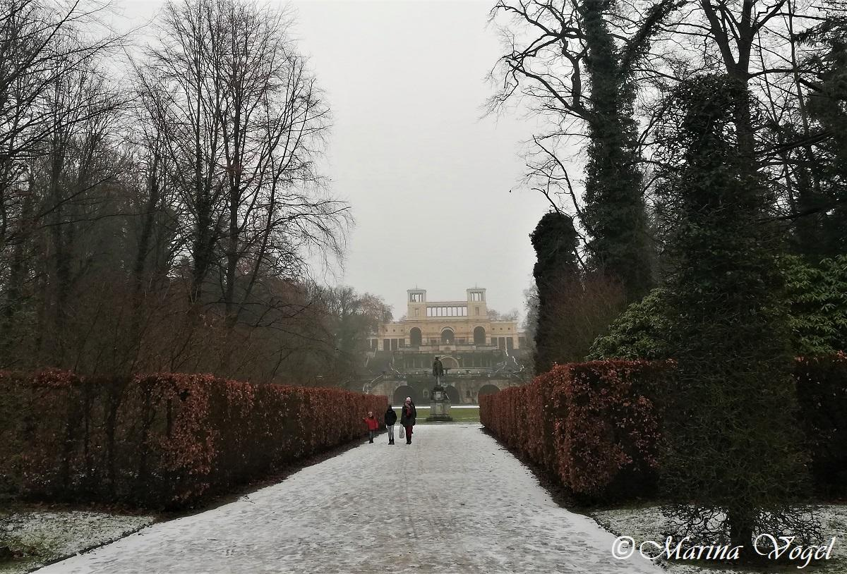 Вид на Оранжерейный дворец в Сансуси / Фото Марина Григоренко