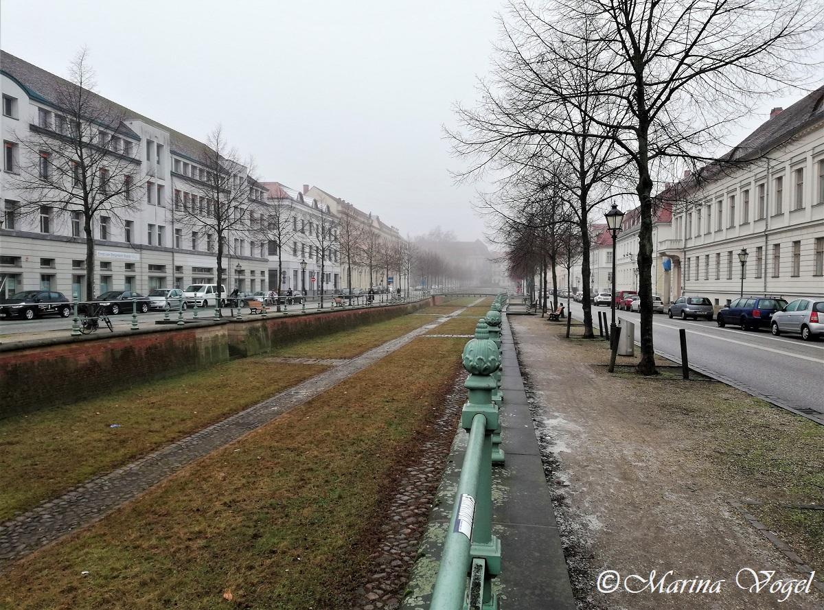 Йоркштрассе вдоль Старого городского канала / Фото Марина Григоренко