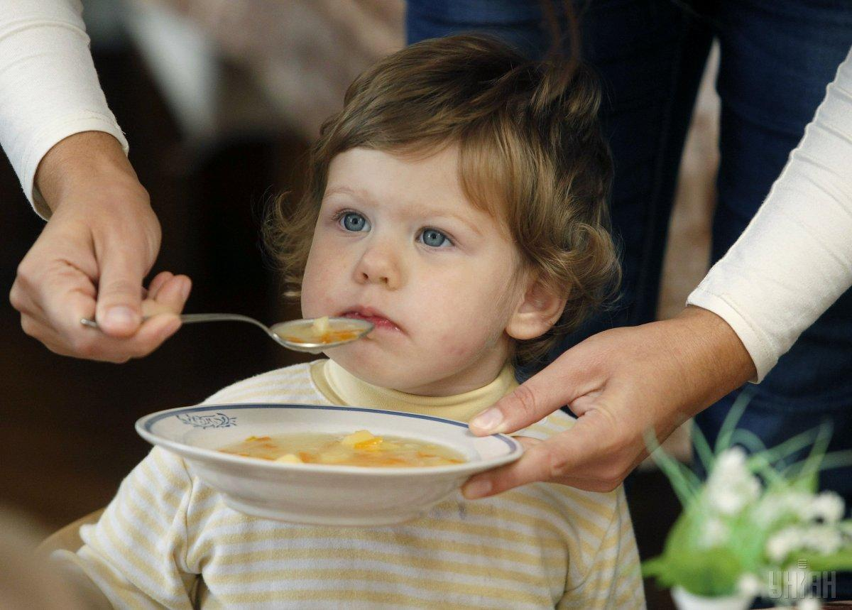 В самому садочку порекомендували приносити їжу з дому / фото: УНІАН