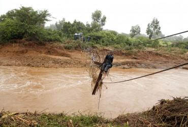 """Жертвами тропічного циклону """"Ідай"""" у Зімбабве стали 70 осіб"""