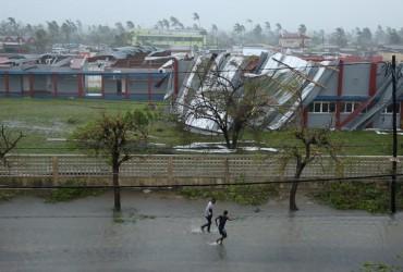 """Через циклон """"Ідай"""" у Мозамбіку без даху над головою залишилися 400 тисяч осіб"""