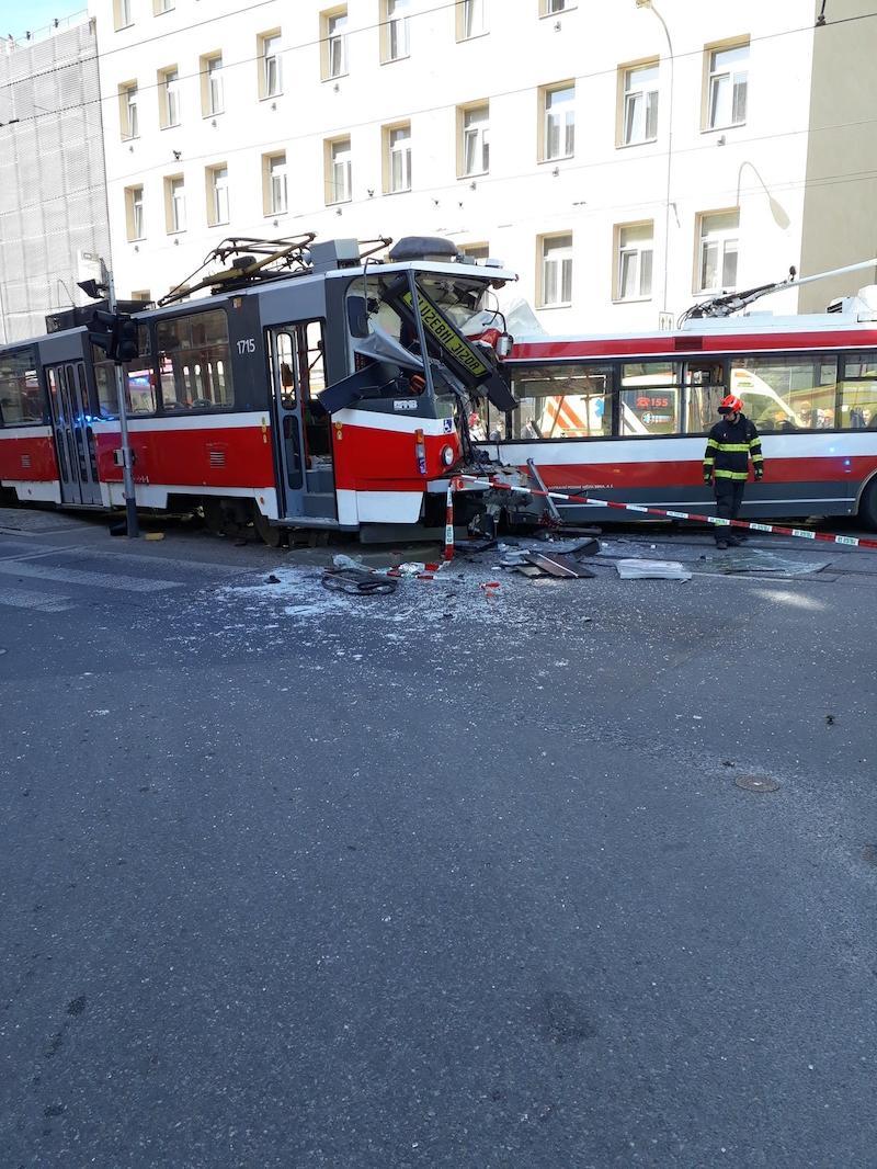 Фото:пожарно-спасательная служба Южно-Моравского края