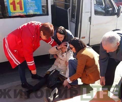 В 11 маршрутке ужитомирянки случился эпилептический приступ / фото zhitomir.life