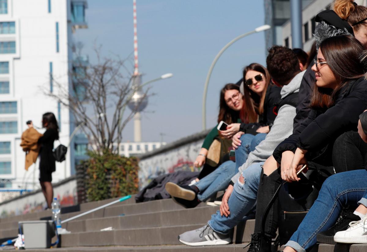 Couchsurfing позваоляет знайти не тільки нічліг, але і компанію для прогулянок / Фото REUTERS