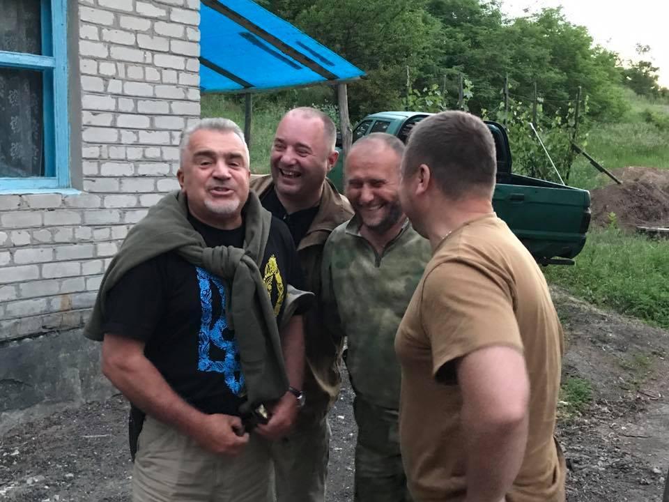 Владимир Слабовский (слева)вместе с Дмитрием Ярошем /фото: Facebook/Юрий Бутусов