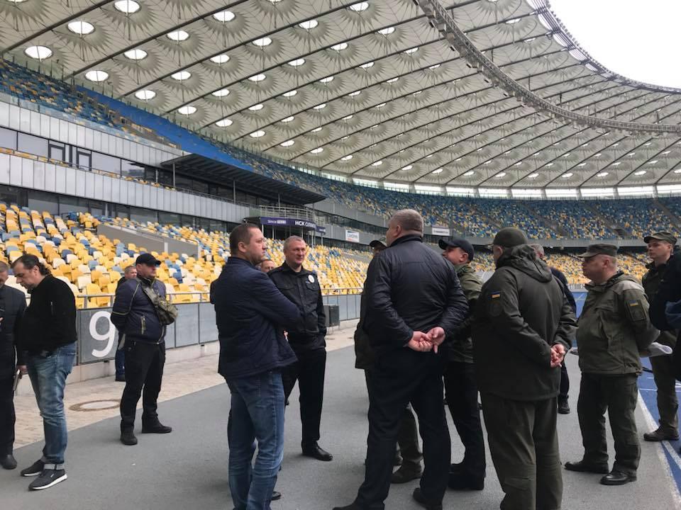 16 апреля на стадионе начались монтажные работы \ фейсбук Ольга Атаманова