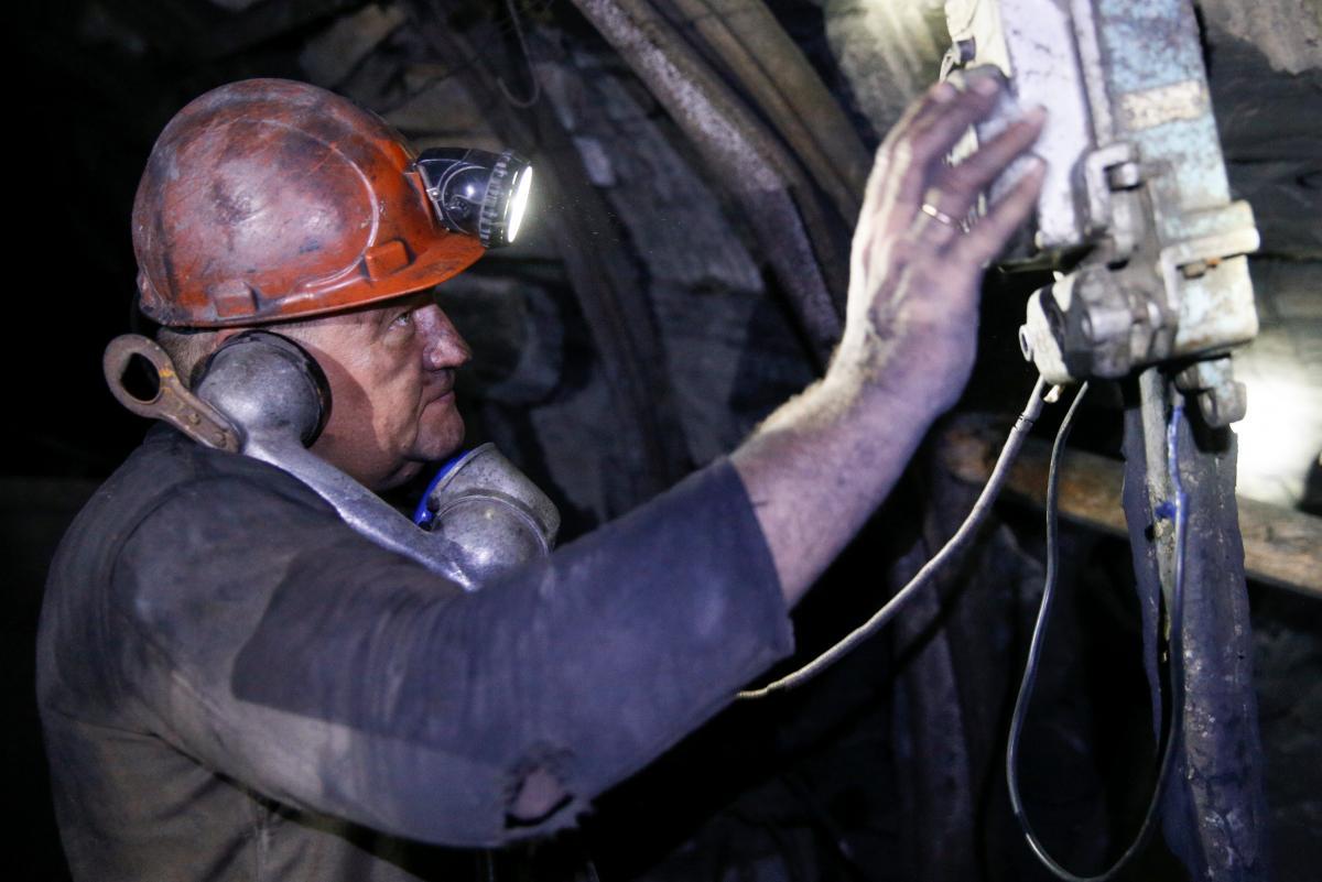 В Україні День шахтаря був встановлений у 1993 році / ілюстрація / REUTERS