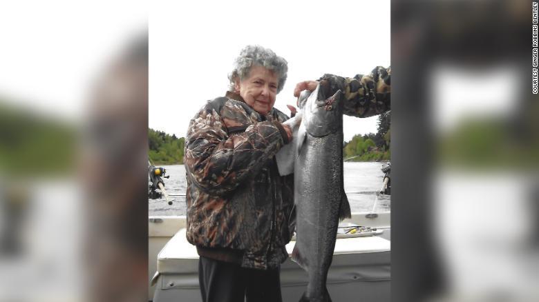 Во время вскрытия тела 99-летней женщины выяснилось, что она всю жизнь жила с уникальной аномалией / Фото: CNN