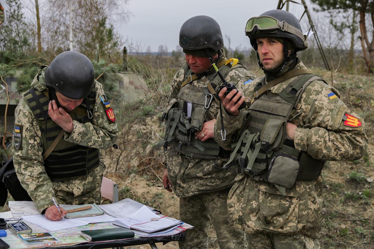 Украинские военные контролируют противника на линии соприкосновения / mil.gov.ua