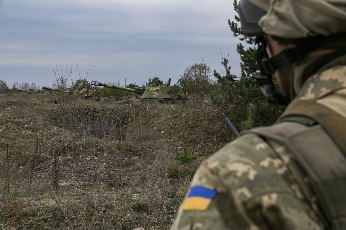 Russia-led forces use proscribed 82mm mortars, 122mm artillery systems to attack Ukrainian positions in Donbas / mil.gov.ua