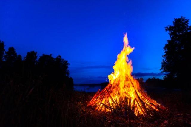 Праздник День Ипатия также называют Огнищем / www.cpv.ru
