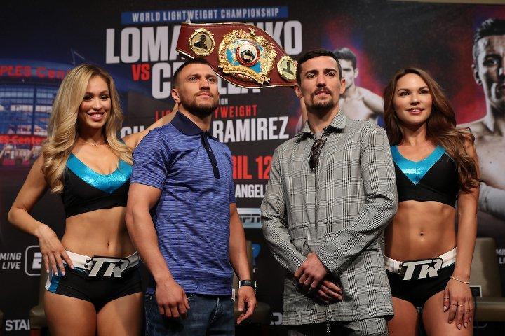Василий Ломаченко и Энтони Кролла провели процедуру взвешивания / boxingscene.com