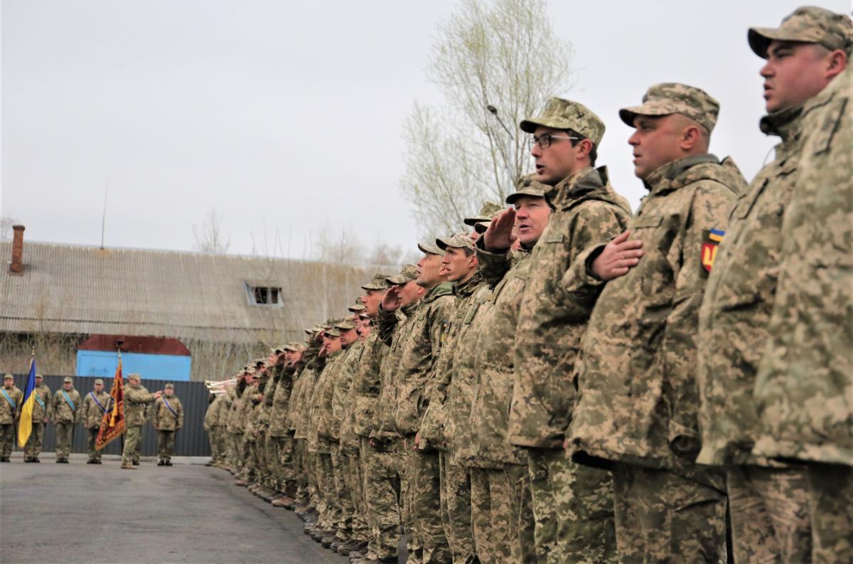 В Конотопе прошлоторжественноешествие по случаю возвращения 58-й ОМПБр из зоны ООС / фото mil.gov.ua