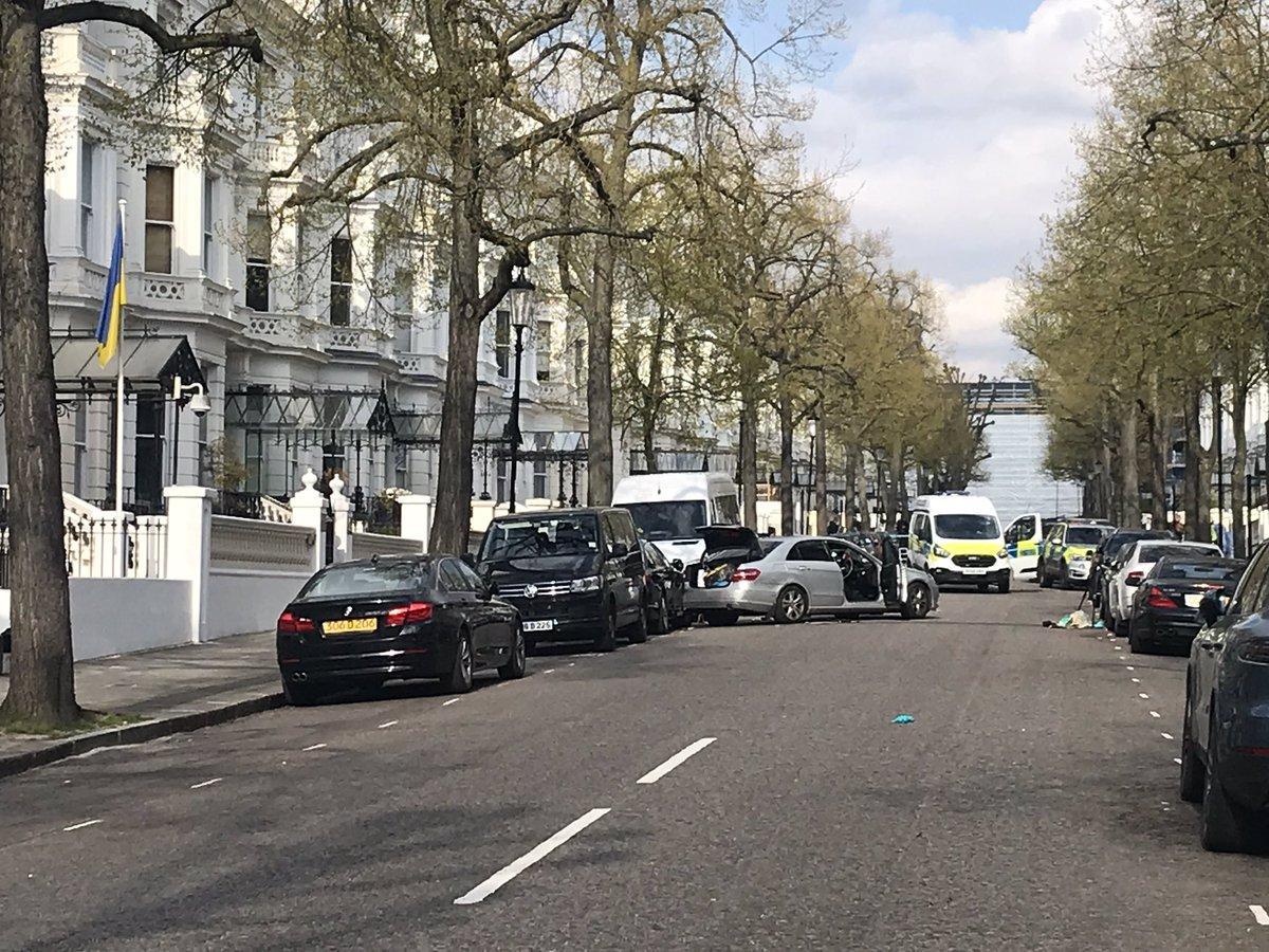 Стали известны подробности нападения на автомобиль посла Украины в Великобритании / Twitter - Sam Blewett