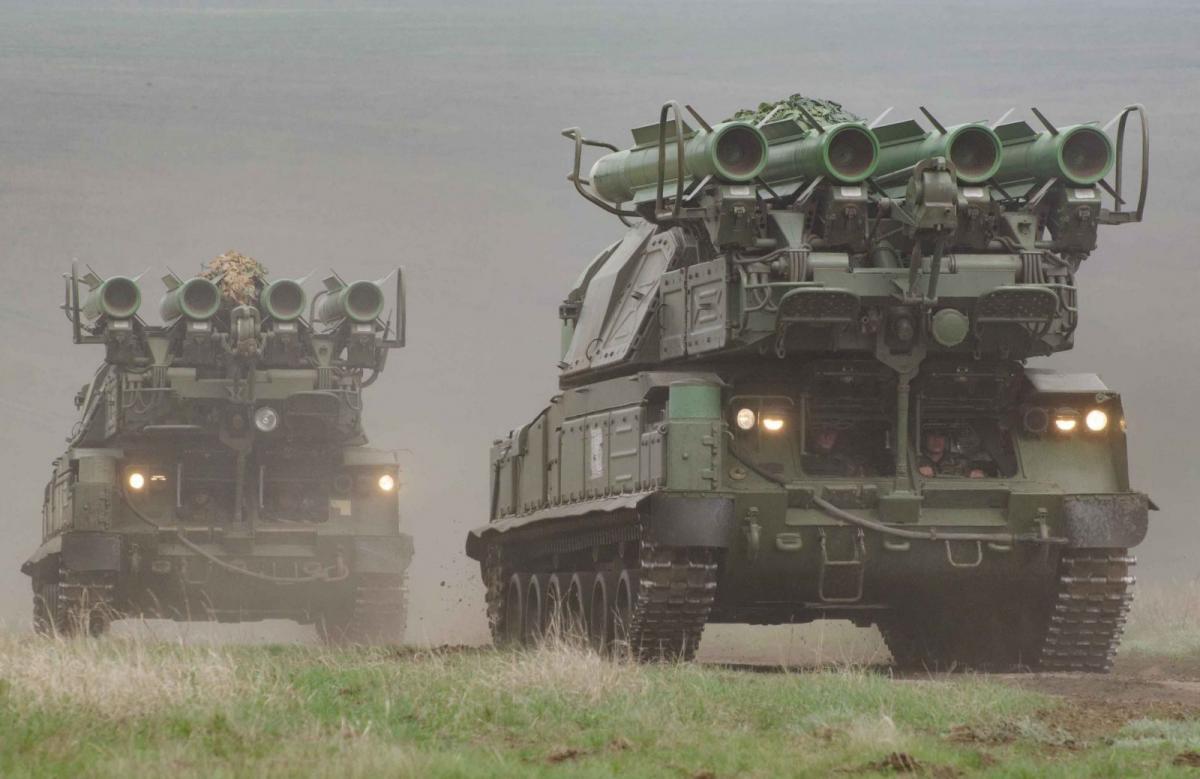 В учениях приняли участие подразделения зенитных ракетных войск / штаб ООС