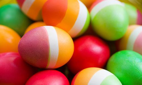Покрасив яйца в такой способ, вы приятно удивите гостей / фото kedem.ru
