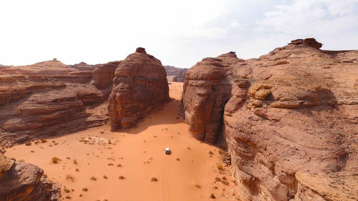 """Ралі """"Дакар"""" в 2020 році вперше пройде у Саудівській Аравії / dakar.com"""