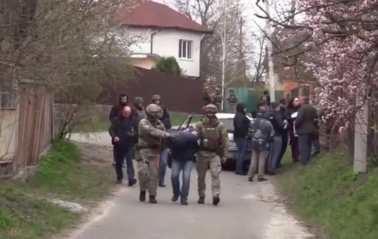 Затримані імовірні вбивці ювеліра Кисельова / скріншот - Youtube, поліція Києва