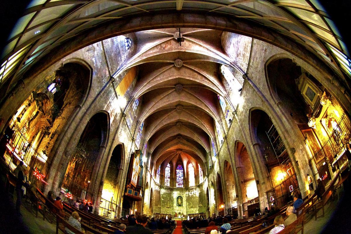 Базилика Санта Мария дель Пи, вид внутри / Фото flickr.com