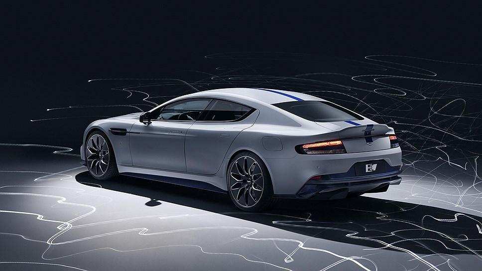 Автомобиль отличается новым дизайном кузова \ фото Aston Martin
