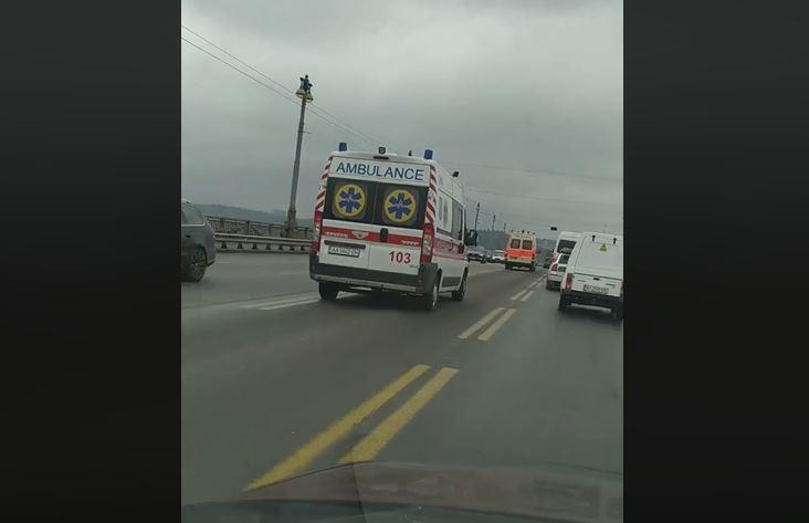 """""""Швидкі"""" пронеслися по Києву / Скріншот"""