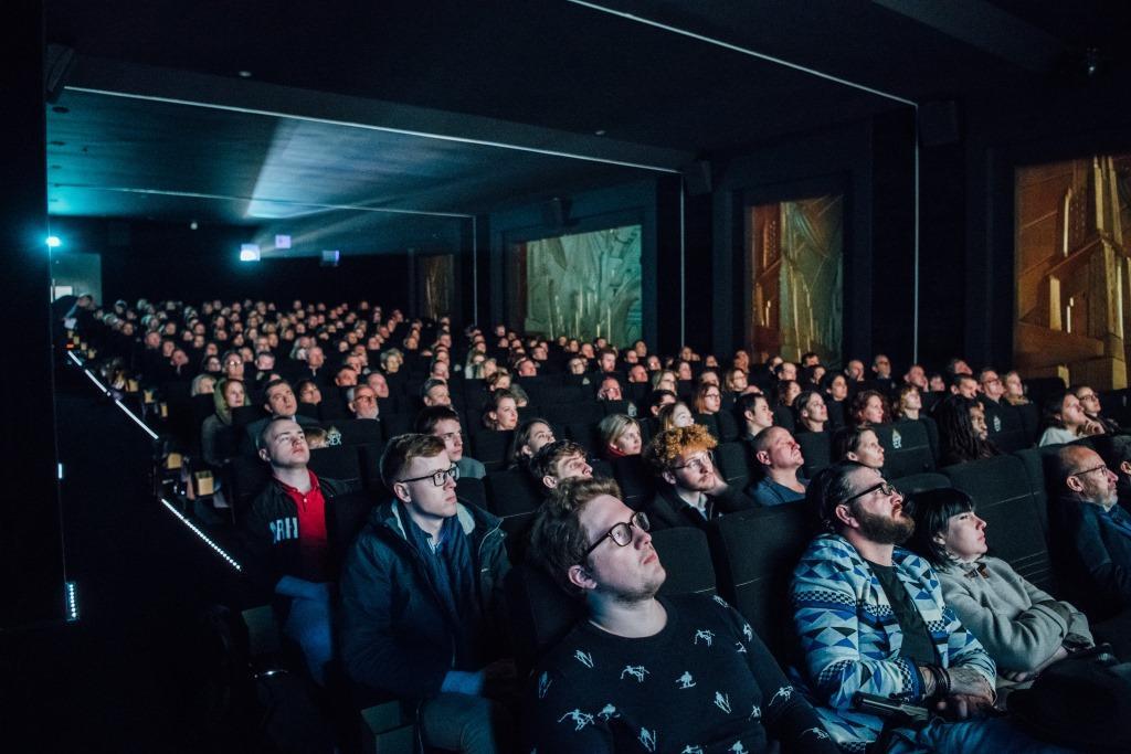 Зал кинотеатра Le Grand Rex Paris