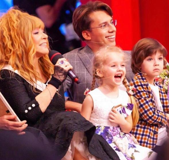 Крістіна Орбакайте промовчала, почувши пропозицію матері / Instagram Алла Пугачова