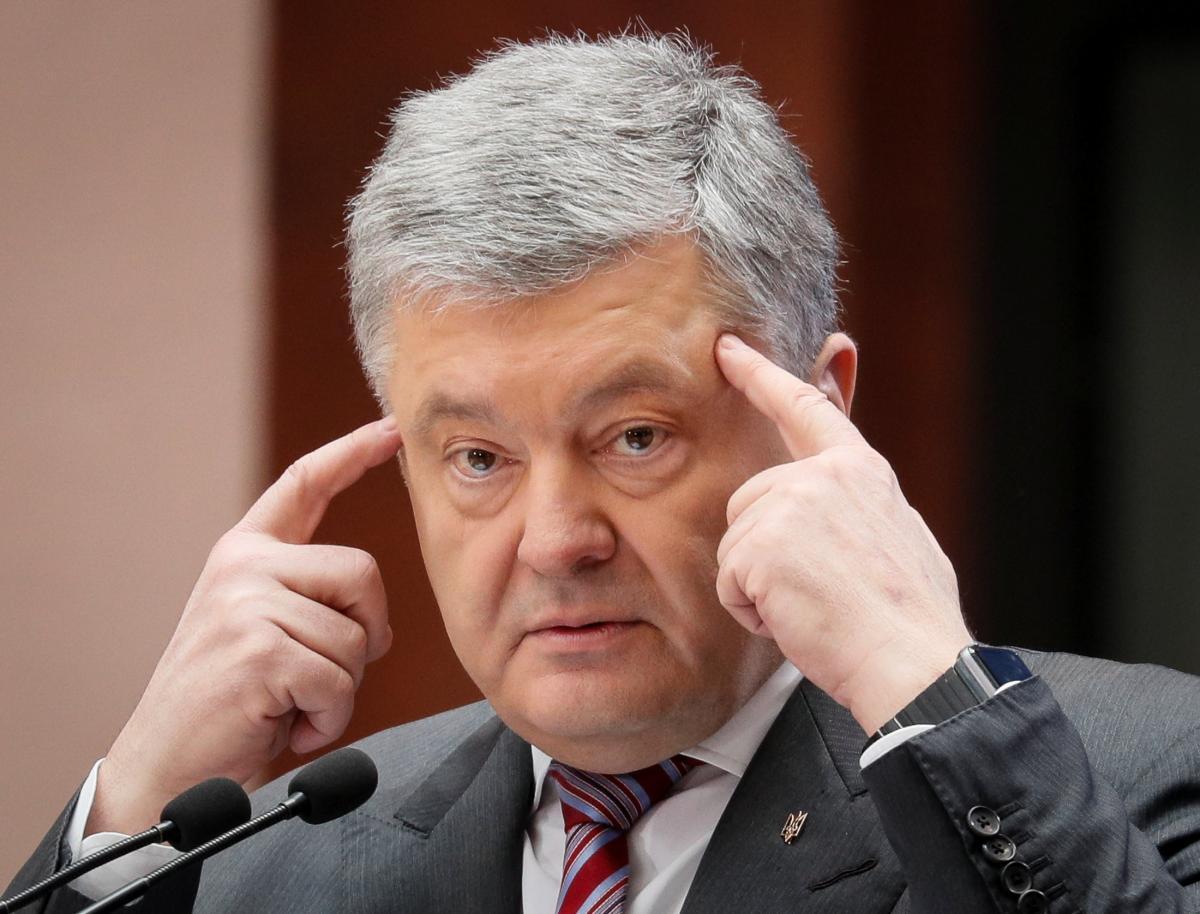 Петр Порошенко рассматривает преимущества возможного роспуска Рады / REUTERS