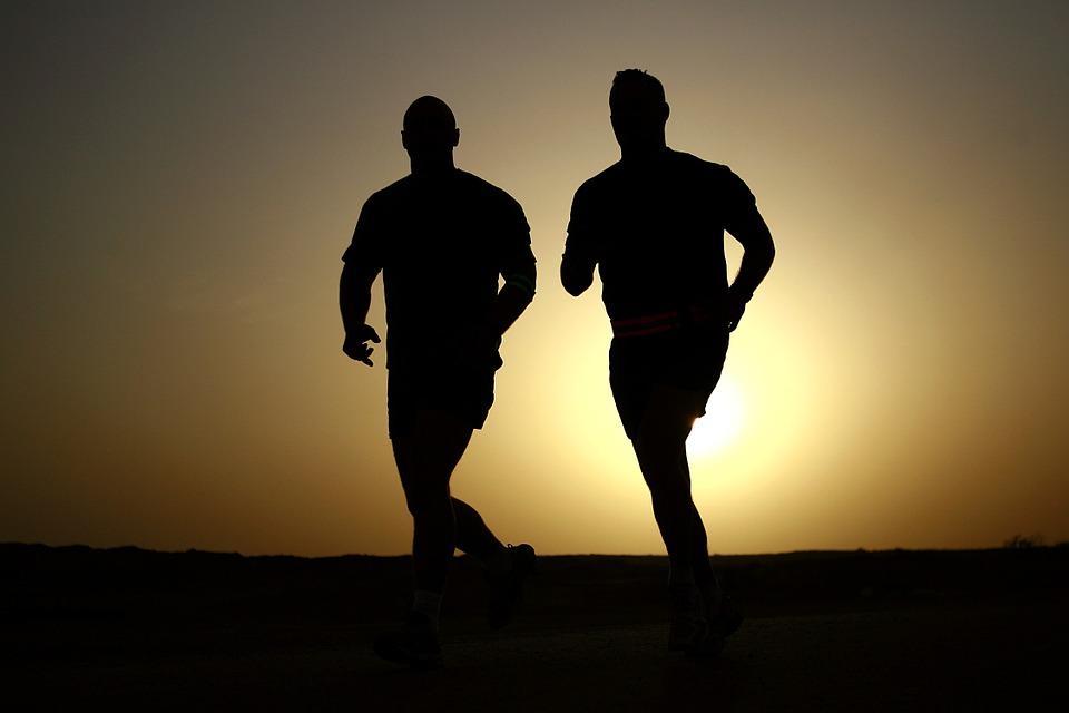 Фізична активність знижує ризик перенести COVID-19 / фото pixabay.com