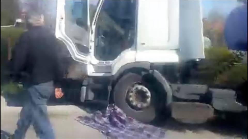 НаЛьвівщині вантажівка переїхала хлопчика / скріншот