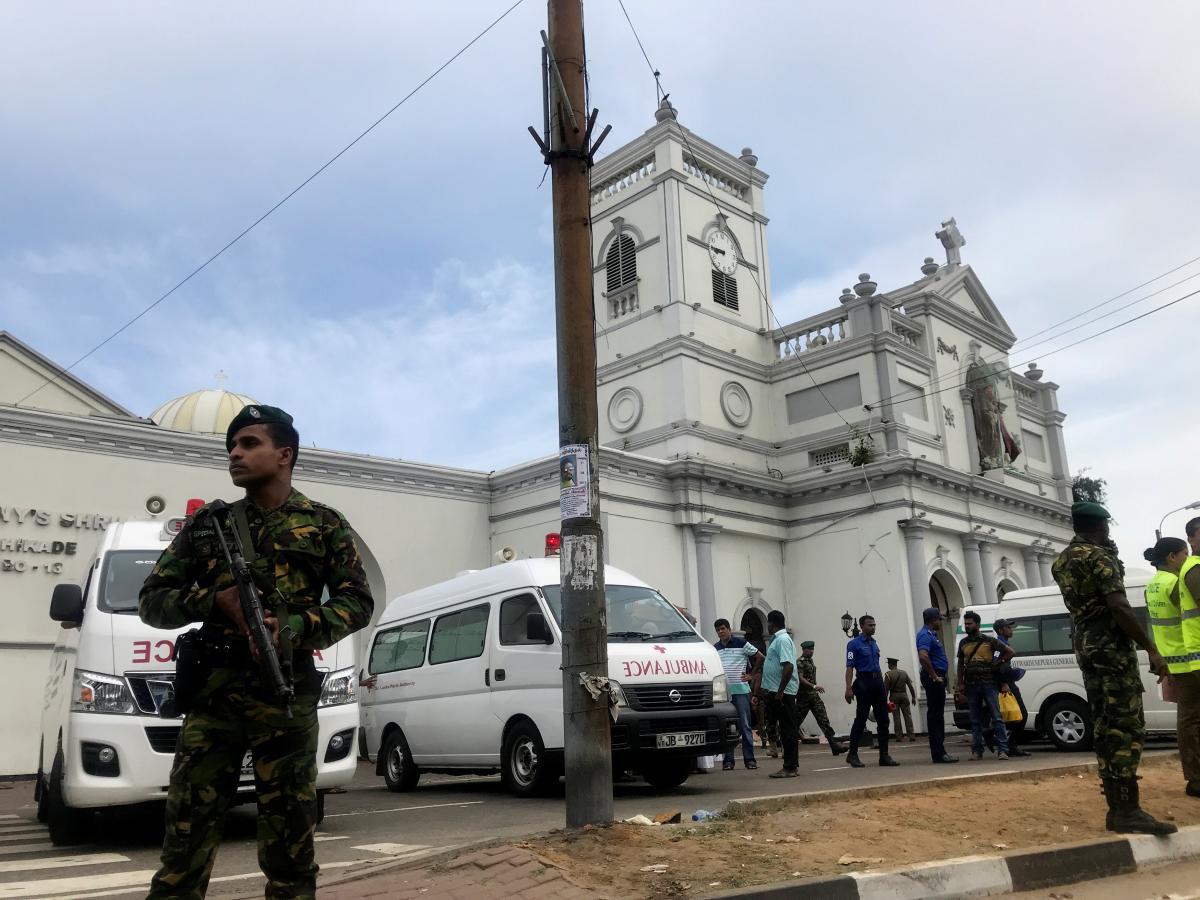 Место теракта на Шри-Ланке / REUTERS