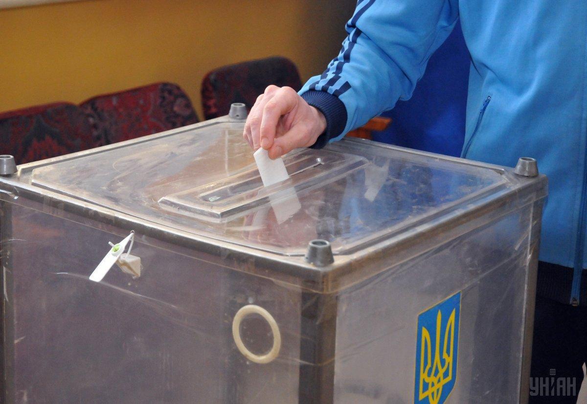 Другий тур виборівпройшов21 квітня / фото УНІАН