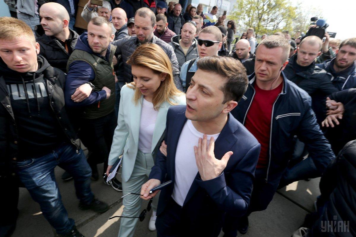 """Зеленський заявив, що """"найголовніше - це повернути наших хлопців живими"""" / фото УНІАН"""
