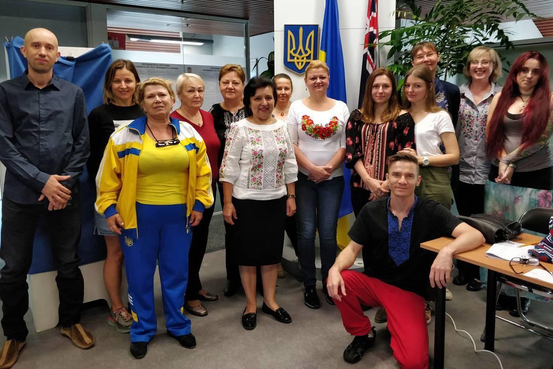Українці голосують на виборах у Канберрі / фото Посольство Австралії в Україні