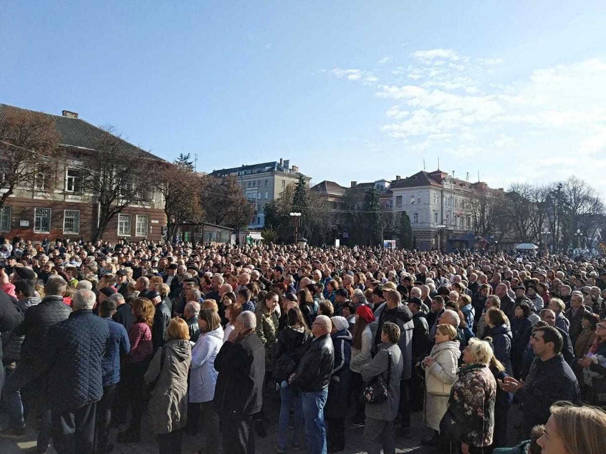 Минулого року тернополяни об'єдналися і змусили керівництво міста скасувати завищені тарифи, влаштувавши «Тарифний майдан» із перекриттям доріг / фото Аніта Гевко