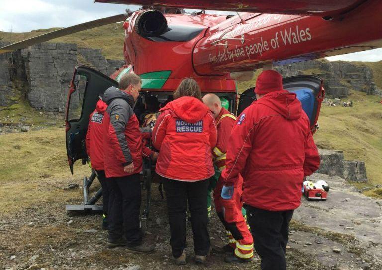 Эдриана Оуэна госпитализировали на вертолете / фото: deadlinenews.co.uk